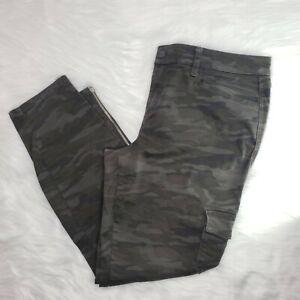 Anthropologie-Level-99-Camo-Print-Skinny-Cargo-Pants-Size-31-Ankle-Zip