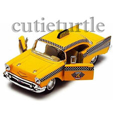 Kinsmart 1957 Chevrolet Bel Air Hard Top Taxi Cab 1:32 Diecast KT5360D Yellow
