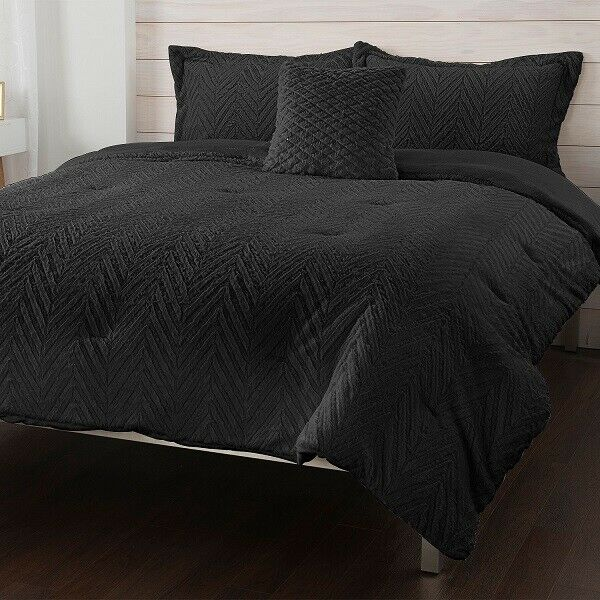 North Shore Living Sweetwater Jacquard 7 Piece Comforter Set