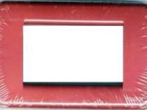 VIMAR - PLACCA IDEA RONDO' 4 MODULI METALLO ROSSO 16754.04 - Italia - VIMAR - PLACCA IDEA RONDO' 4 MODULI METALLO ROSSO 16754.04 - Italia