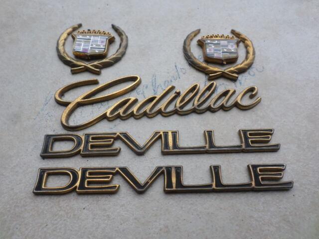 96 99 Cadillac Deville 20402799 Logo 25633919 Emblem 3527157 Decal Ornaments Set