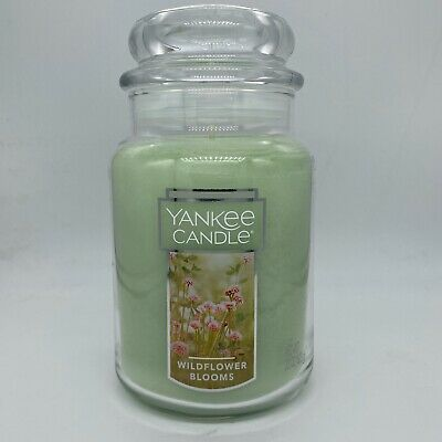 ☆☆MOONLIT BLOSSOMS☆☆ LARGE YANKEE CANDLE JAR☆SWEET FLORAL SCENT FREE SHIPPING