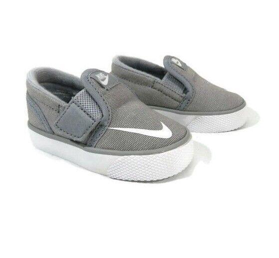 975e7d996d0a84 Nike Baby Boy Crib Shoes Size 2 Infant White Gray Toki Slipon for sale  online