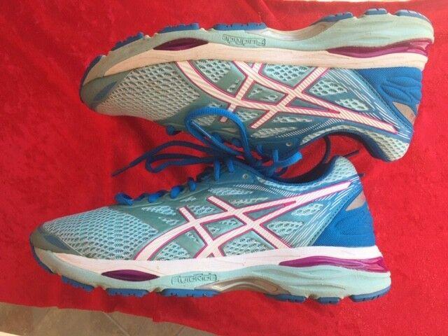 Asics Gel-Cumulus 18 Women's size 8 wide Width Athletic Running shoes T6C8N-6701