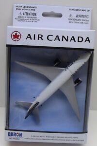 DARON Air Canada Airplane Model RLT5884-1