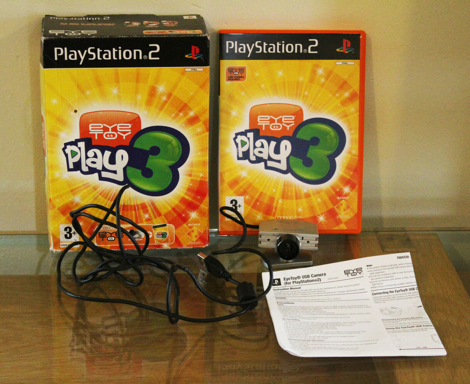 Sony Playstation 2 PS2 EYE TOY Play 3 BOXED With Camera & Game