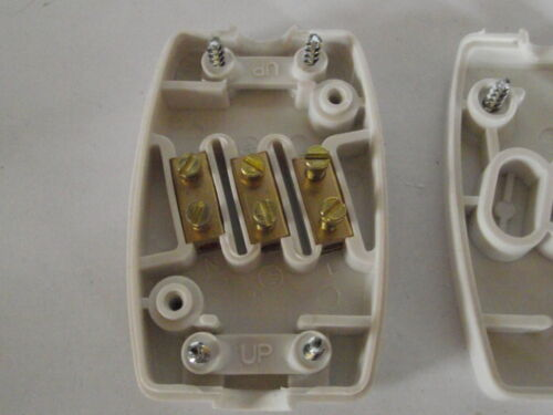 2 x 3 core 13 amp flex wire connector use with flexable wire and extending leads