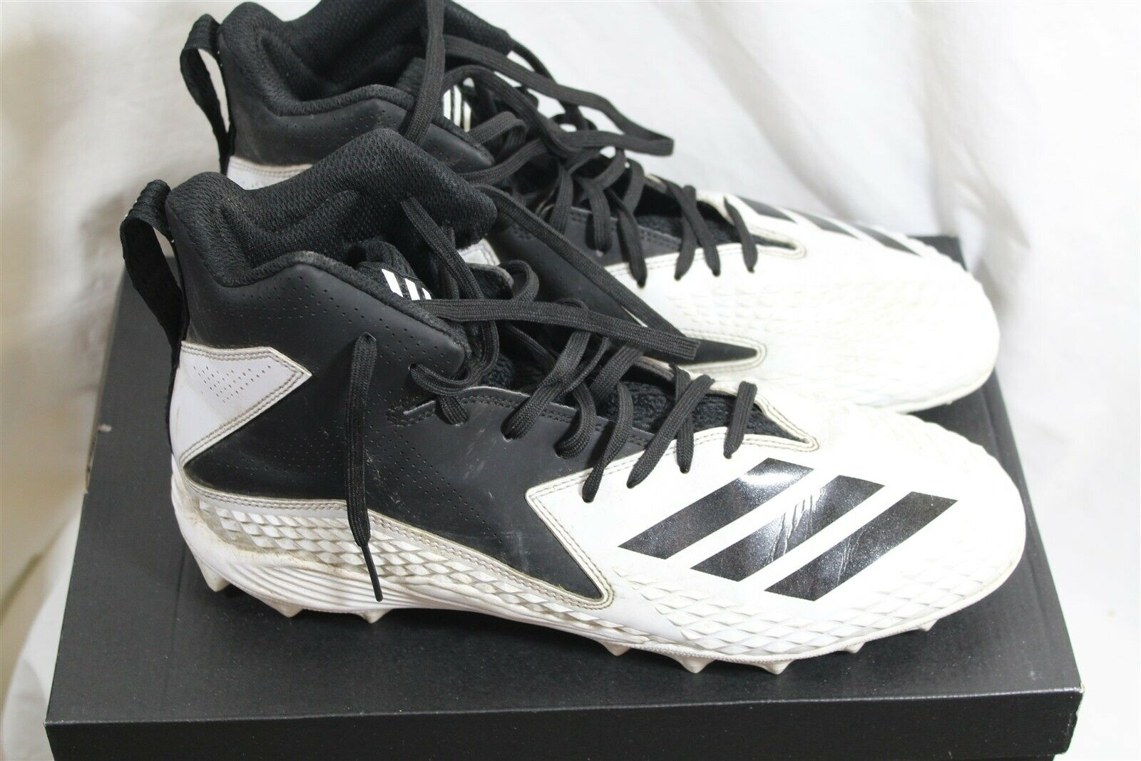 5a6d67ec6 Adidas Freak MD white 10.5 D