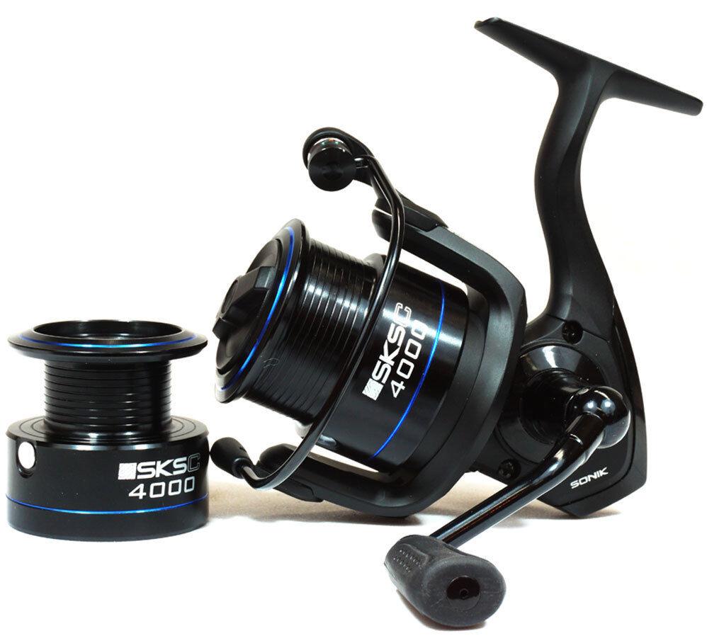 Sonik Sksc Cocherete de pesca comercial 4000 Waggler Grueso Alimentador Spinning