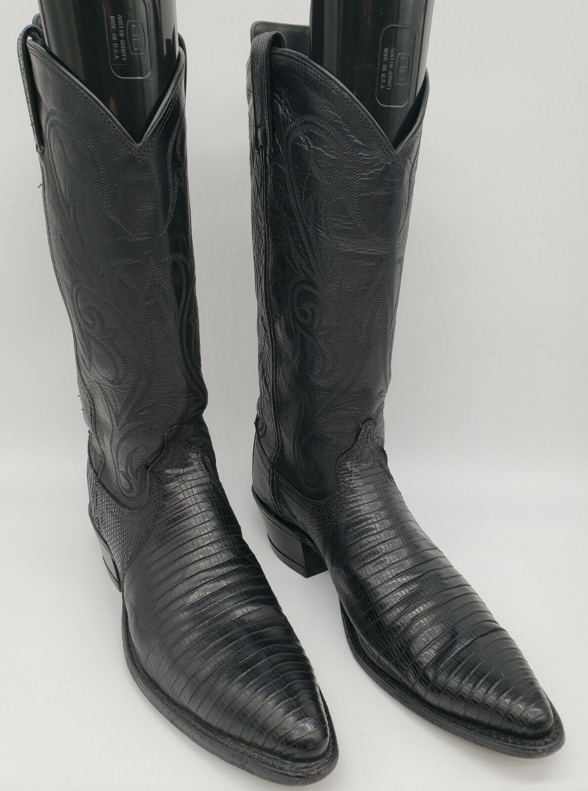 8M Women\u2019s Dan Post Lizard Cowboy Boots