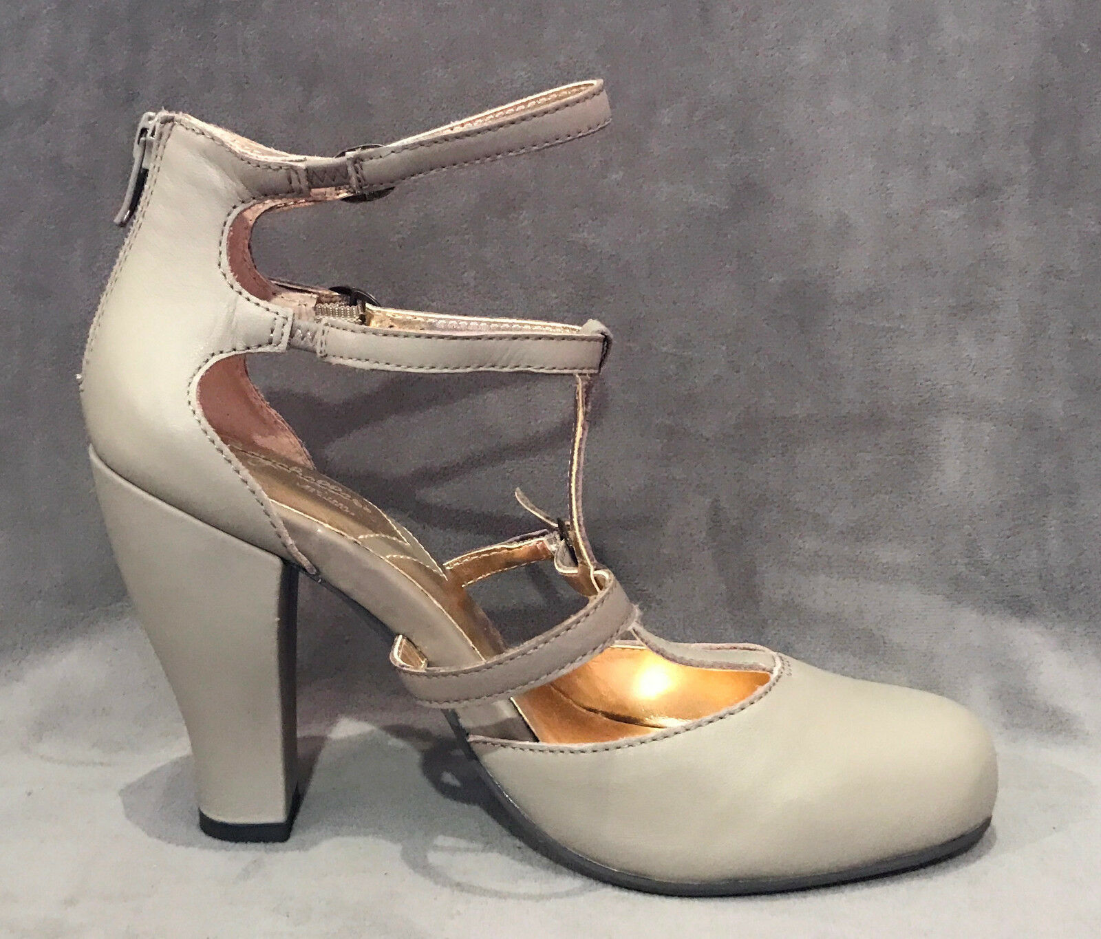 NEW ANTHROPOLOGIE ANTHROPOLOGIE NEW SEYCHELLES TAUPE STRAPPY HEELS PUMPS schuhe SZ 7 5ff04e
