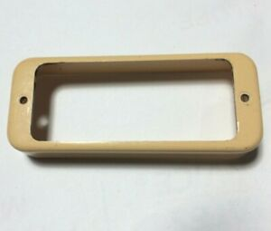 Cream Vintage 1970s Gibson Les Paul Deluxe Mini-Humbucker Pickup Ring