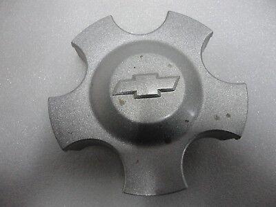 2004 2005 2006 Chevy Malibu Monte Carlo Impala wheel center cap P//N 9596356