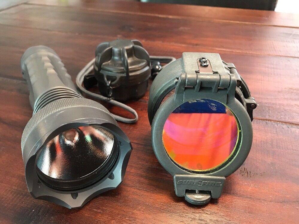 SureFire M6 Guardian Taschenlampe mit Zubehör Sammler Zustand RAR  | Klein und fein