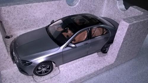 Mercedes Benz W 213 e clase sedán AMG line selenitgrau 1:18 nuevo embalaje original