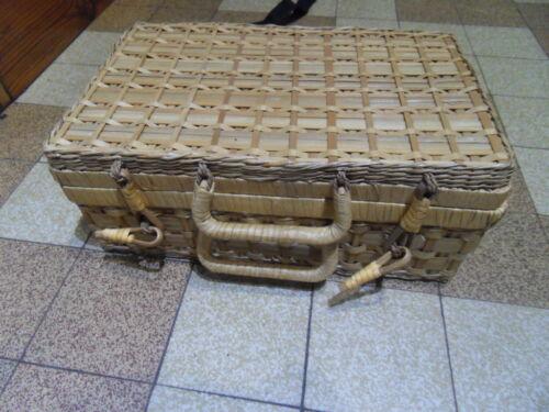 Valise suitcase couverts pic nique randonnée camping voiture bag malette osier