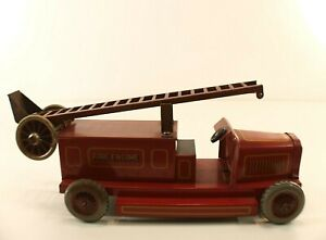 Chad valley ubilda truck firefighter engine tin key tintoy fire engine 21,5 cm