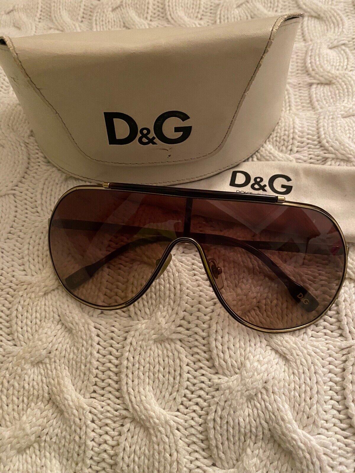 D&G Dolce Gabbana Gold Tone Aviators Sunglasses Offers Accepted