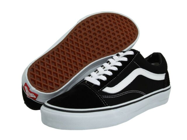 VANS OLD SKOOL CLASSIC BLACK WHITE SUEDE CANVAS SKATE SHOES. UNISEX e11273a01
