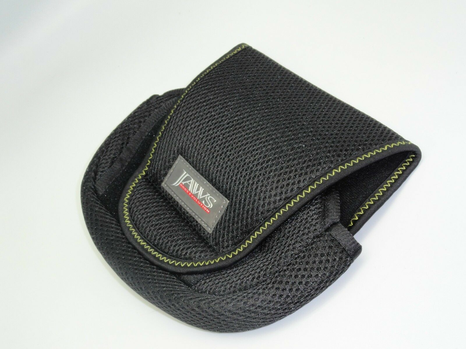 2 Jaws  L  Spinning Reel Cover Pouch for Daiwa, Penn, Shimano Reels