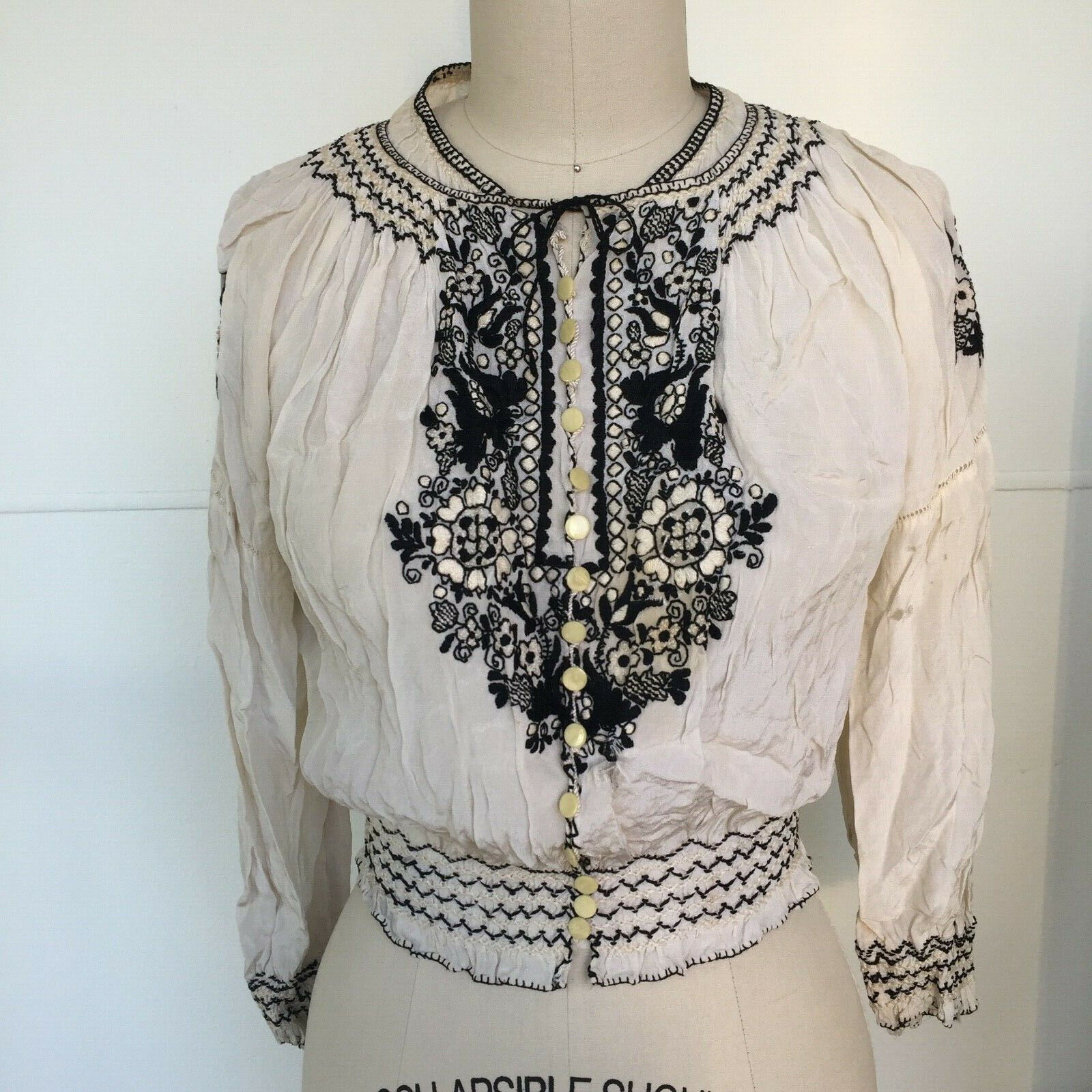 Vtg Hungarian Blouse S-M Embroidered Hand Made Fl… - image 3