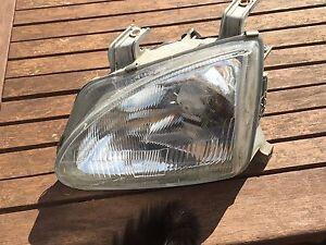 Headlight-for-a-UK-Honda-CRX-VTi-Esi-Del-Sol-n-s-glass-Motorised-Very-rare