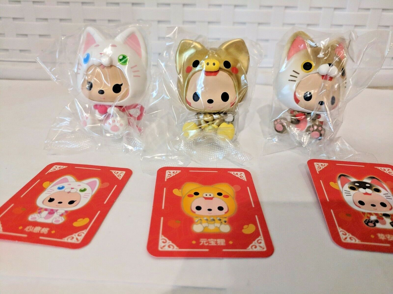 Ali's Mini Figure- New Year Cats Set, 2 cats & 1 pig + red envelopes 2019