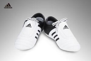 Detalles acerca de Adidas Zapatos De Taekwondo Tae Kwon Do Niños Adi Patada Entrenamiento de competencia mostrar título original