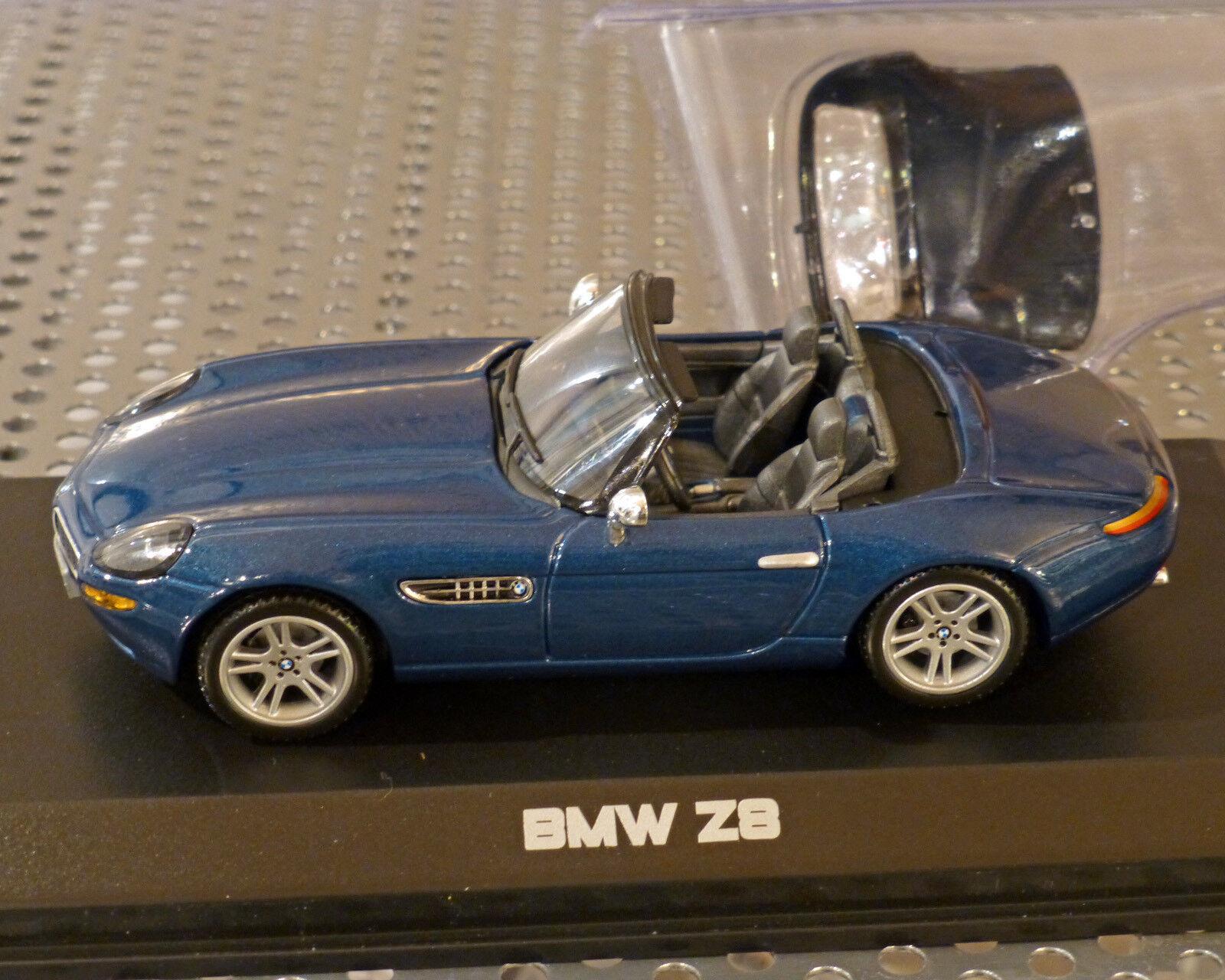 BMW z8 bleu métallisé, 1 43, Norev