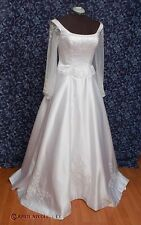 White Satin w Optional Tulle Sleeves A-Line Wedding Dress NWOT