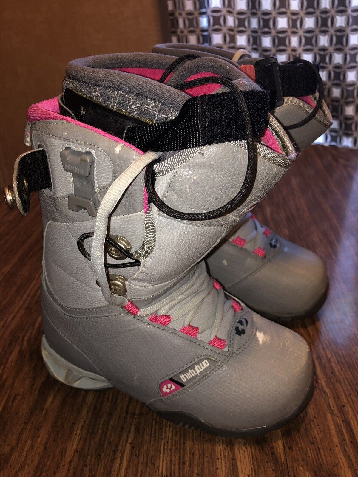 ThirtyTwo Vela Snowboard Boots G   Winter Sports Gear Advanced Women's Size 5  hot sale