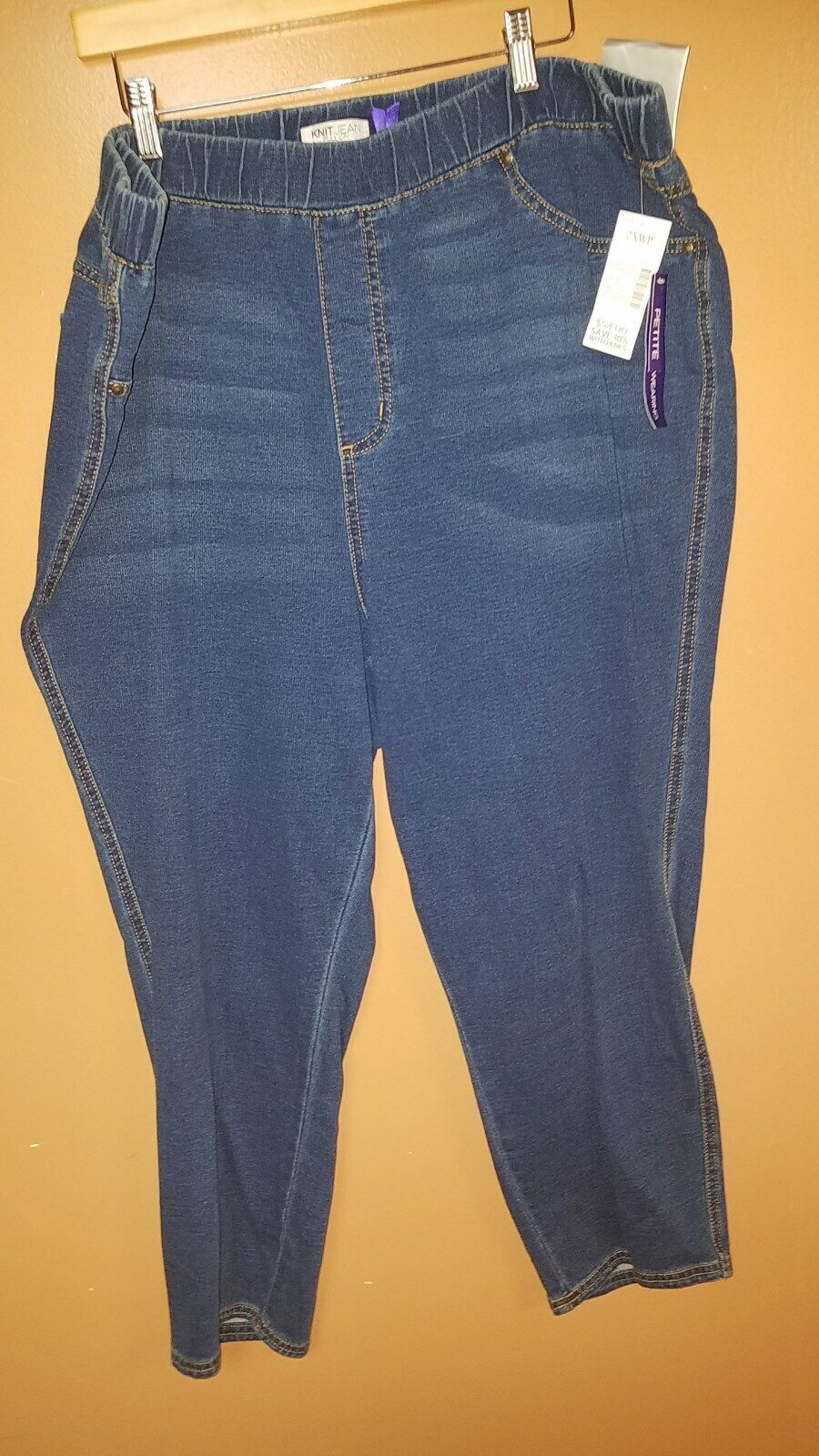 54 Catherines Womens Plus 2XW PETITE Pull On Slim LEG JEANS NWT FREE SHIPPING