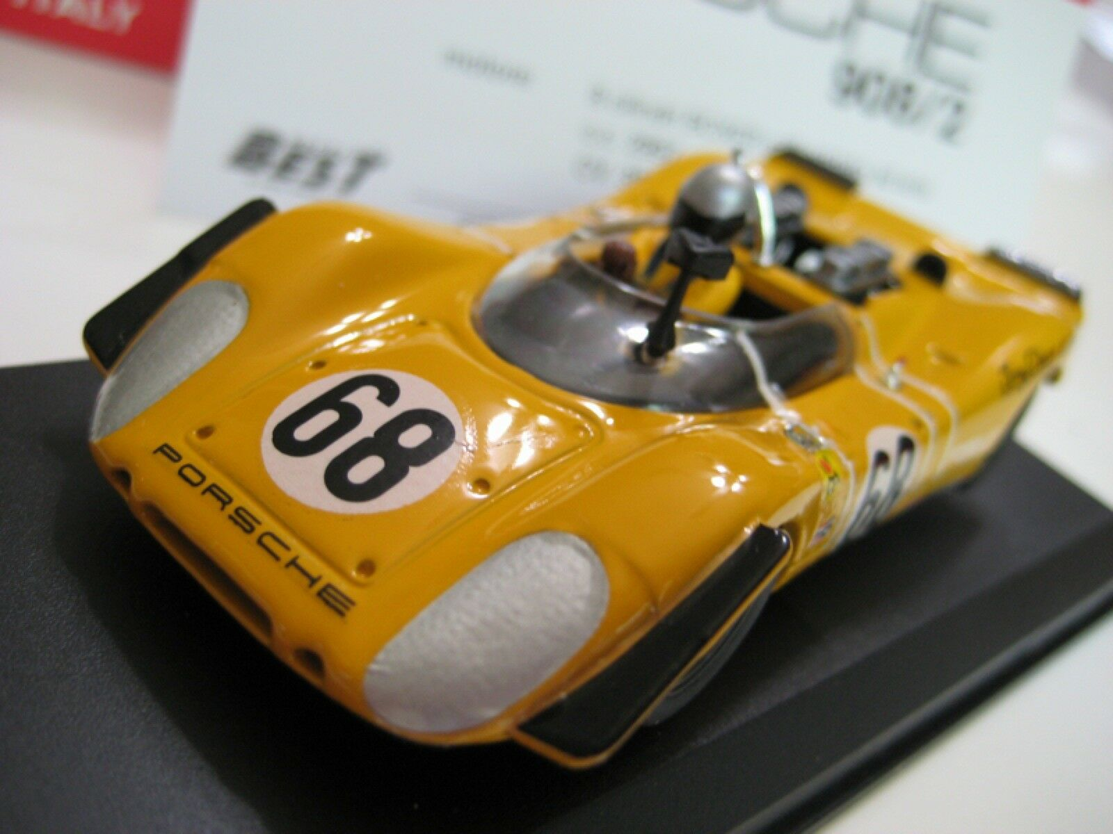 Best MODEL (Italie) Jaune PORSCHE 908 2 (A.G. Dean Racing) DIECAST 1 43 new in box