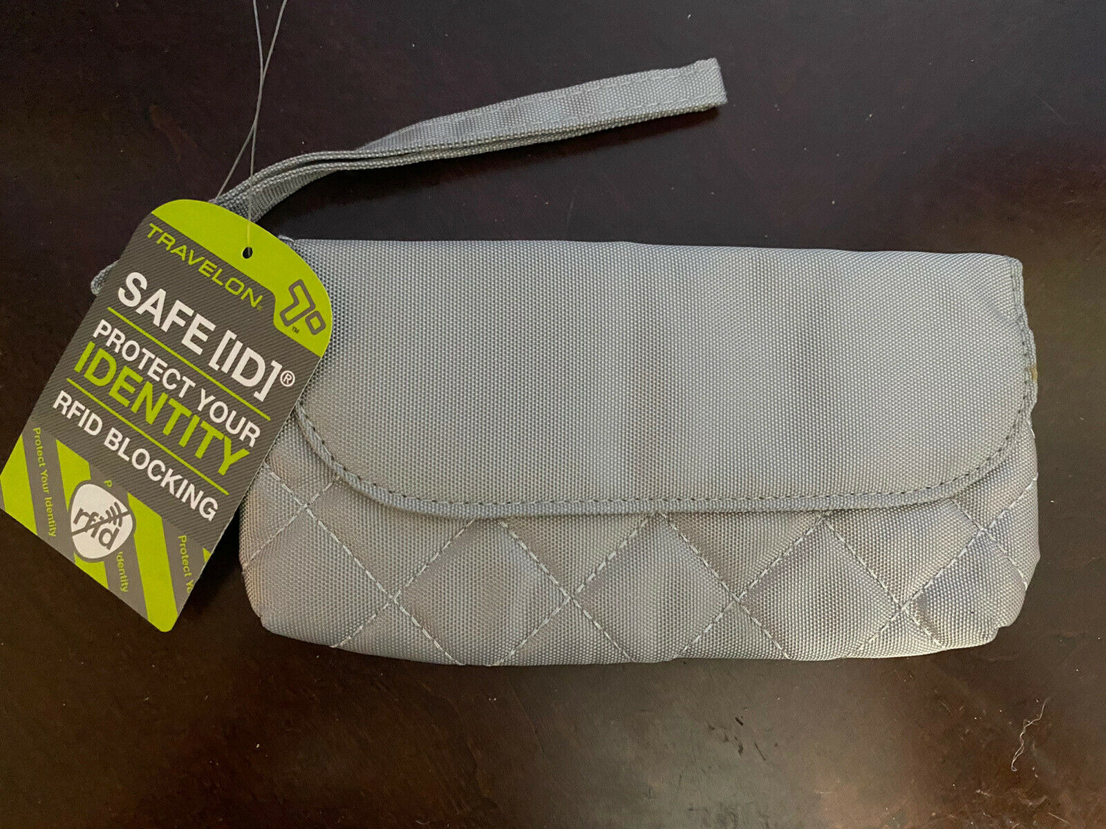 NWT - TRAVELON - Women's Quilted RFID Blocking Wallet / Wristlet, Silver