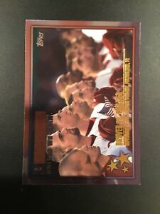 2002-Topps-359-BRAVES-vs-PHILLIES-United-We-Stand-Great-Card