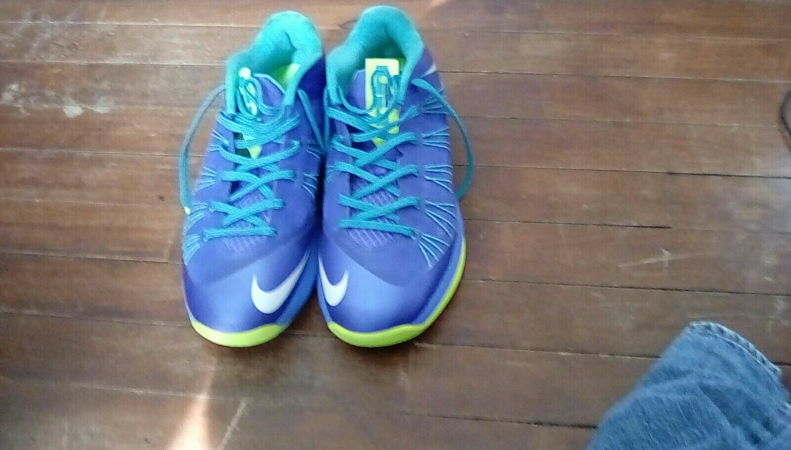 Lebron 10 low mens size 8.5 purple ,bluee,and green
