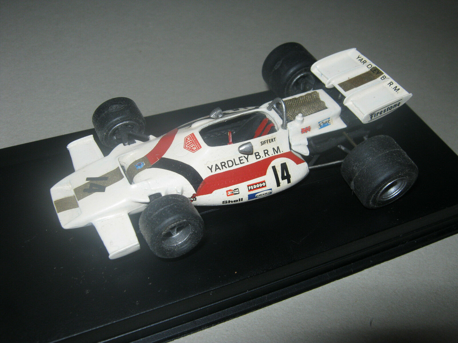 1 43 BRM p160 v12 J. Siffert 1971 SCALE RACING HANDBUILT MODELCAR dans Showcase