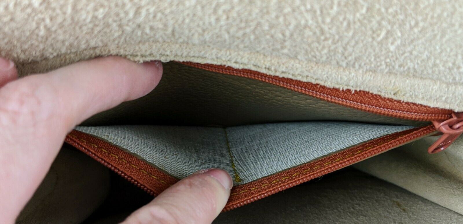 Dooney & Bourke Tan Brown Small Purse Handbag Tra… - image 9