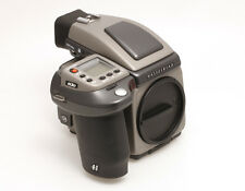 Hasselblad H3D 50 Mittelformatkamera mit 50 Megapixel Digitalback