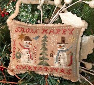 Snow Happy - Snowman Ornament 2021 - Homespun Elegance Chart New