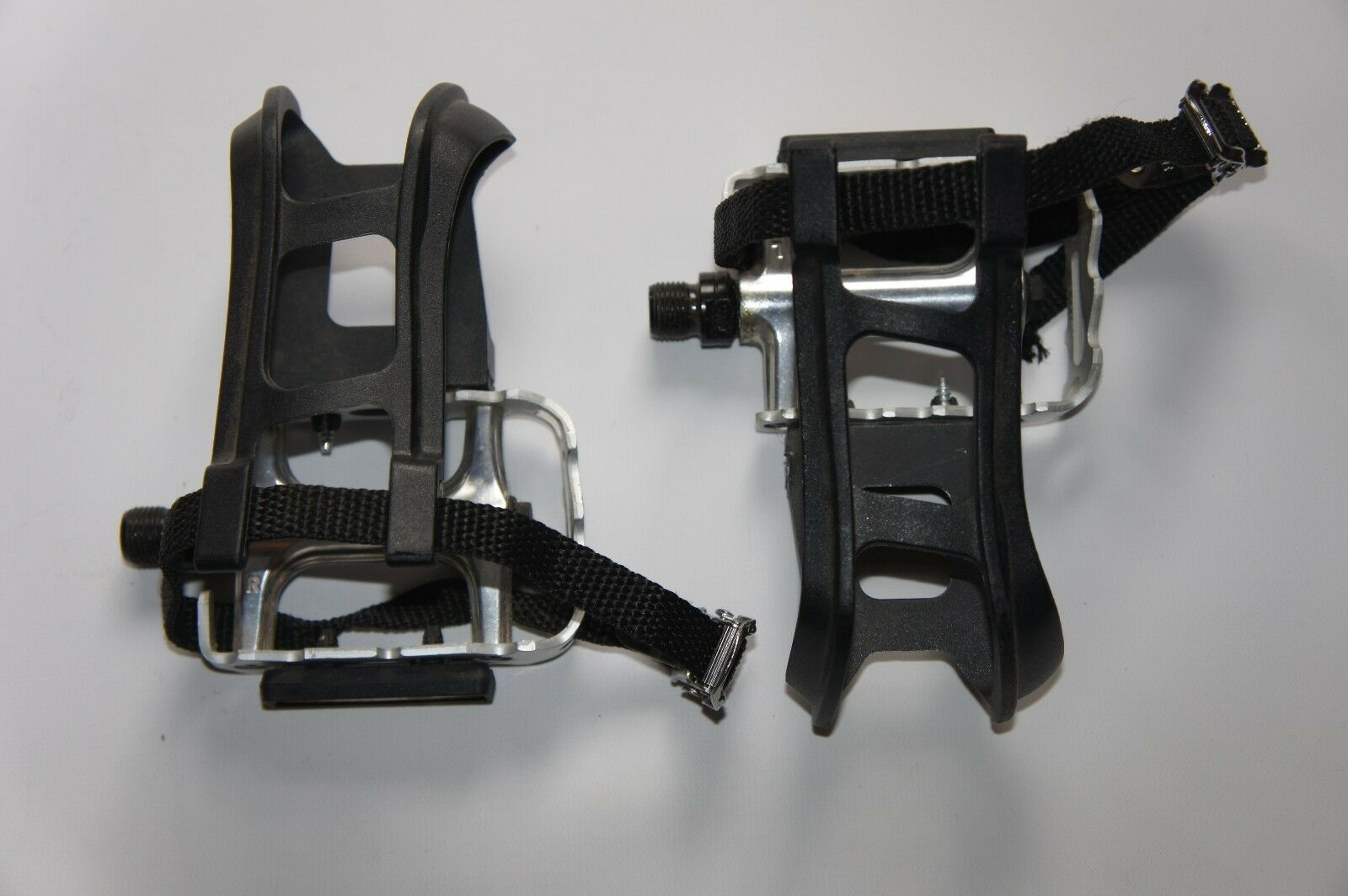Left and Right VP Components Bike Pedal VP-786L