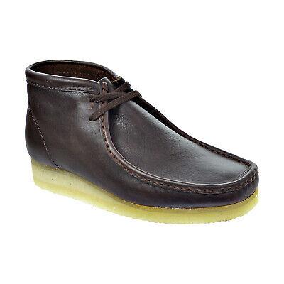 Clarks Originals Wallabee Beeswax Suede Lace Up Desert Boot