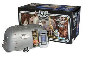 Star-Wars-Yoda-039-s-Airstream-vintage-trailer-Art-graphic-design-Prototype