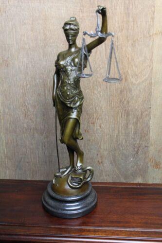 Bronzefigur Justitia Göttin der Gerechtigkeit