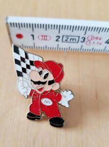 Nintendo Mario Kart, Flag waving Pin