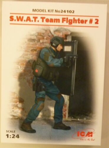ICM 1//24 Special Weapons and Tactics Team Fighter Nº 2 FIGURE Modèle 24102