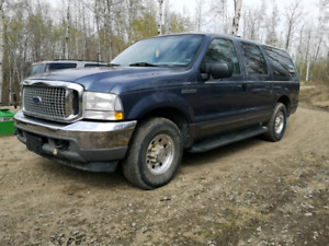 Ford Excursion LOW KM - NO RUST!