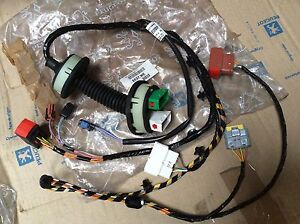 peugeot 406 mk2 4 5dr front drivers door wiring harness 9640685680 rh ebay co uk peugeot 307 wiring harness peugeot company wiring harness auto parts