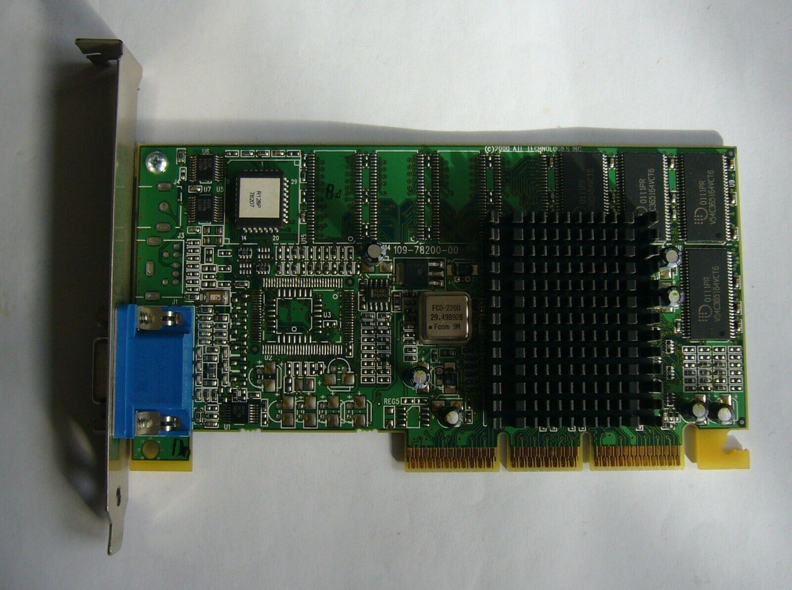 Graphics Card ATI Rage Ultra R128 P – AGP, VGA output