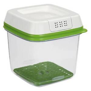 Rubbermaid Produce Saver Freshworks 6cup Medium Vegetable Storage